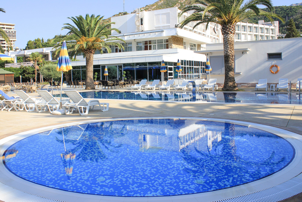 Montenegro Beach Resort 4*